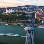 Castle, Dunaj, UFO, Boat