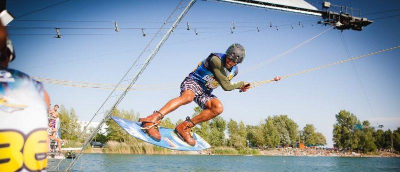 wakelake jazero vodne sporty surf